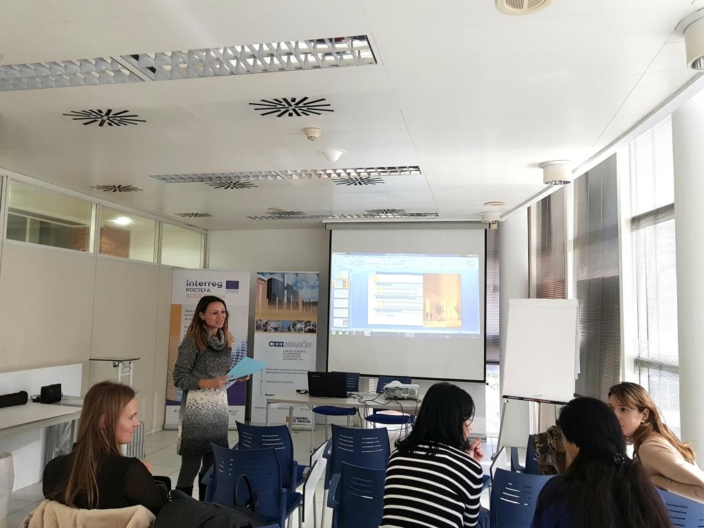 Una delegación del departamento de Industria y Apoyo Empresarial de la Región de Usti visita CEEIARAGON